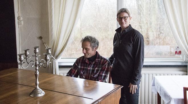 Nya gästgivarna tar det piano i starten